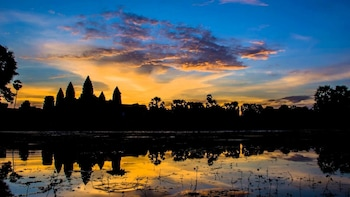 Angkor Wat Private Tour with Sunrise Watching