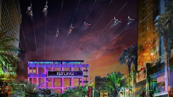 High Roller Observation Wheel & Fly LINQ Zip line