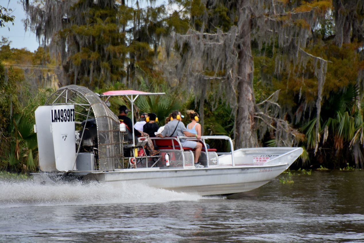 Group airboat experience in Lafitte