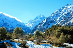 Aoraki-Mt Cook & Tasman Glacier day tour from Christchurch