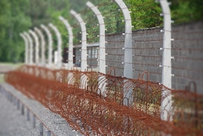 Private Tour from Berlin to Sachsenhausen Concentration Camp
