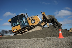 Dig This Invercargill - Big Push Bulldozer Excavator