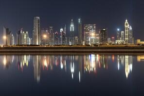 Dubai Extended Photo Tour with a professional photographer