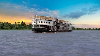 Sunset Cruise in Phnom Penh
