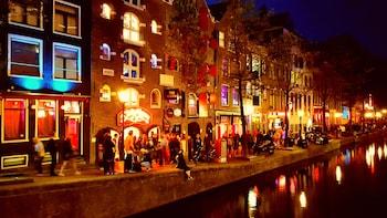 Red Light District Amsterdam night time walking tour