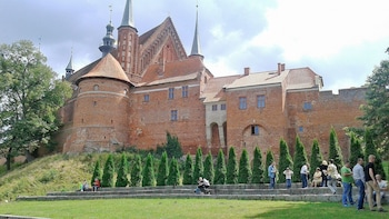 Private Tour to Frombork with Cruise over The Vistula Lagoon