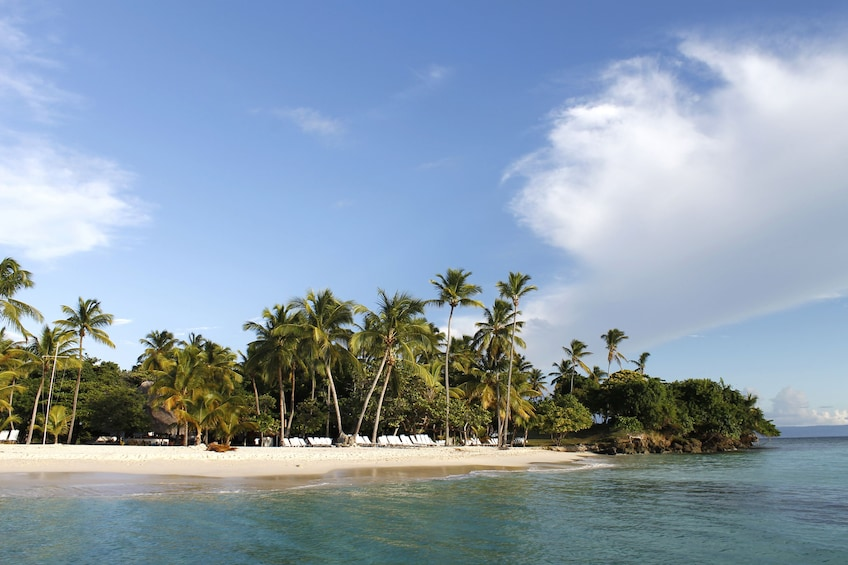 Beach on the Dominican islet of Cayo Levantado