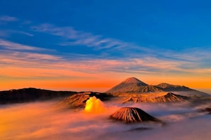 Mount Bromo Milky Way Sunrise and Photography Tour