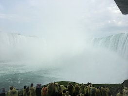 Niagara Falls USA/Canada Tour With Journey Behind the Falls