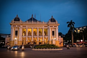 4 Days Private Guided Tour Discover Hanoi & Halong Bay