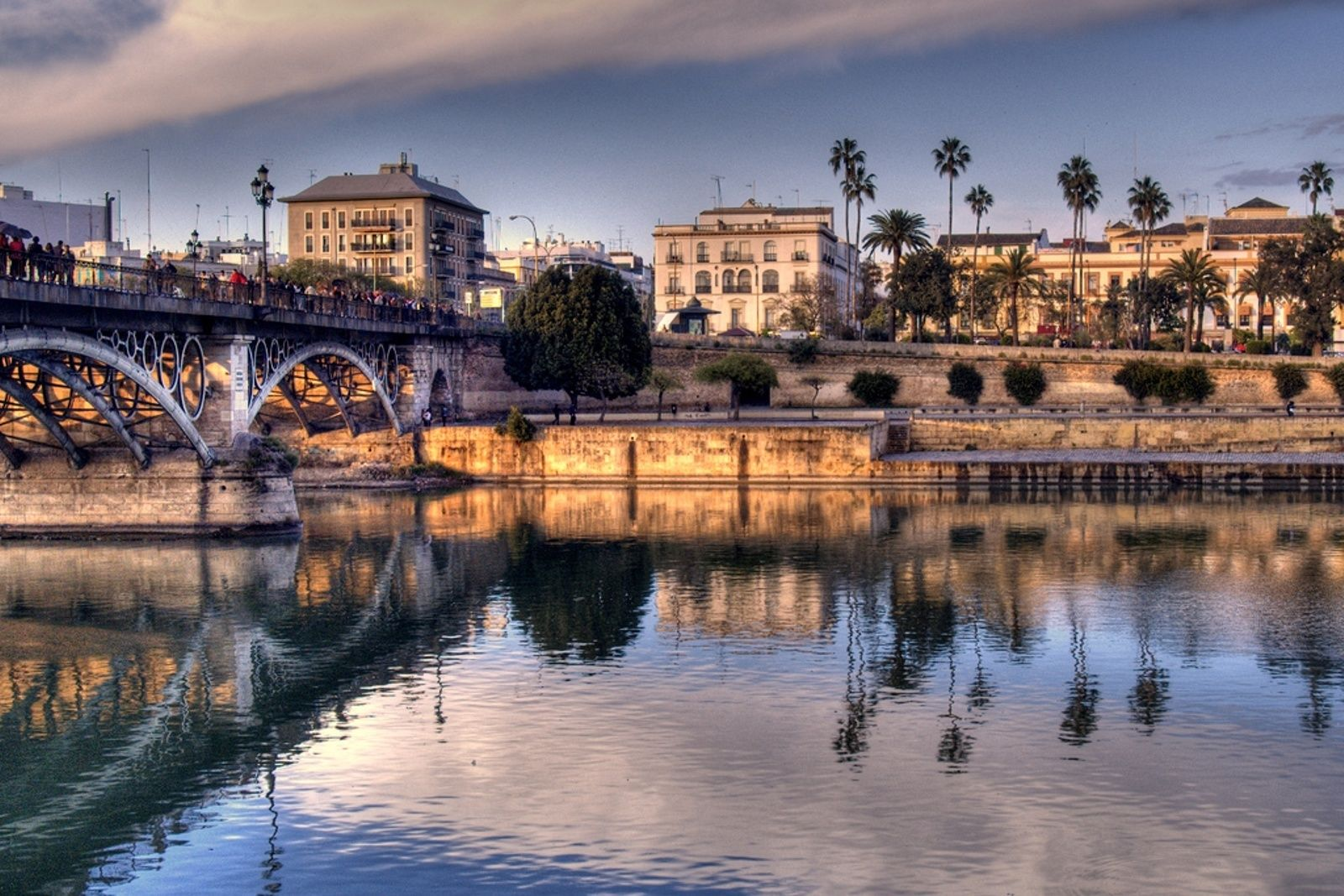 Discover Sevilla in one day by high speed train from Madrid