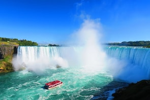 Toronto to Niagara Falls Tour, Lunch & Boat Cruise