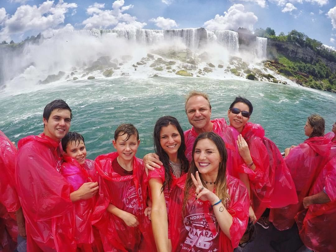 Niagara Falls Tour with Boat Cruise from Toronto
