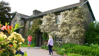 Many Lives of Beatrix Potter: Full Day All-Inclusive Tour