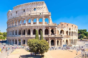 Skip the line-Colosseum, Forum,Trevi, Pantheon and Navona