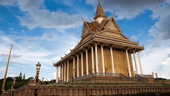 Full Day Oudong by Road & River - Phnom Penh