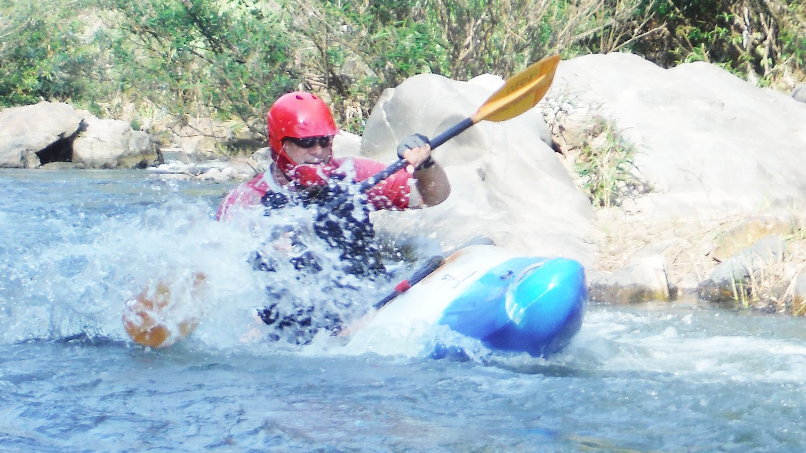 Jungle Kayaking Mae Wang River with Elephant views