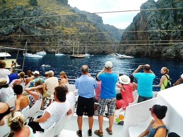 Boating group in Mallorca