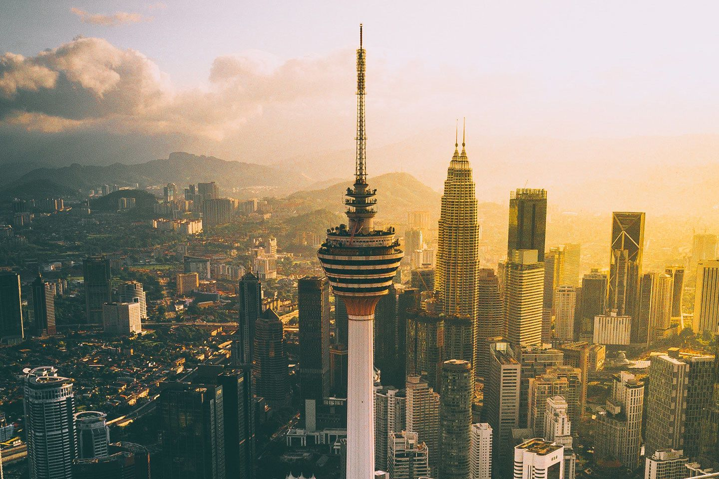 Kuala Lumpur Themed Attraction Tour With 4 Admission Tickets