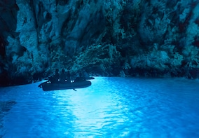 Private tour to the Blue cave and 5 island hopping