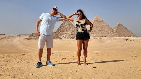 Tour to the Pyramids,Egyptian Museum,Camel Ride and Lunch