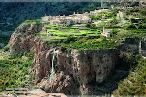Day Trip to Jebel Akhdar in 4x4