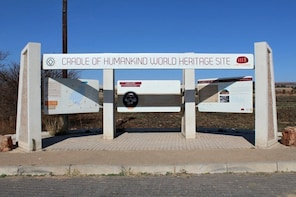 Cradle of Humankind Day Tour