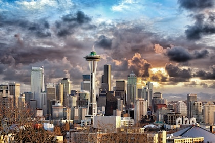 City skyline and Space Needle in Seattle