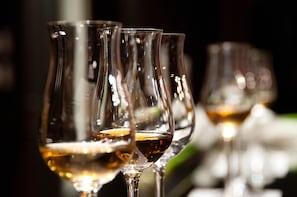 BLINDFOLDED WINE TASTING