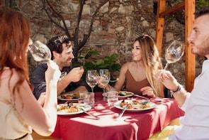 Taormina Food & Wine Walking Tour: small group