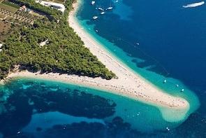 Private tour to Bol & Zlatni Rat beach