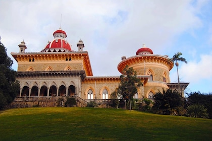 Combined Sintra-Cascais & Lisbon Full-day Private Tour