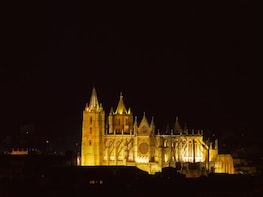 Discover Spain: Leon daytrip by highspeed train from Madrid
