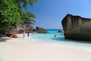 Early Bird Similan Islands Tour by Siam Adventure World from Khao Lak