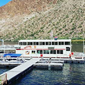 Riverboat on Apache Trail Sightseeing tour