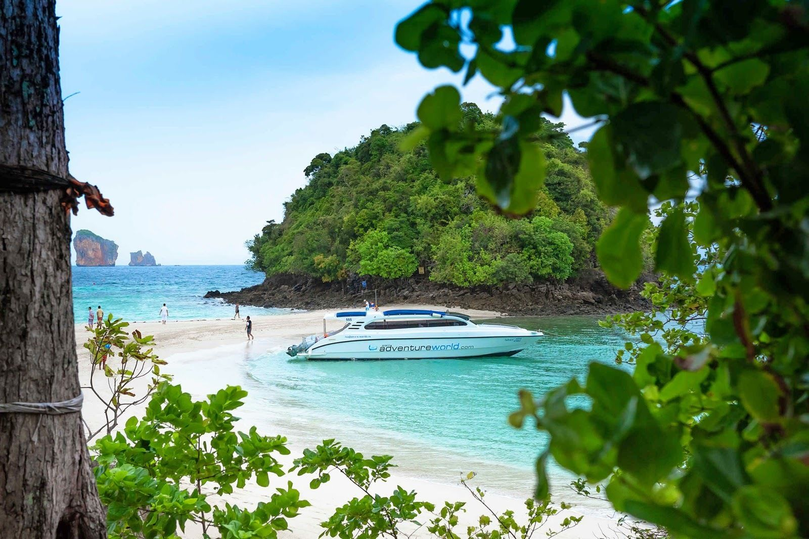 Early Bird Tour to 4 Islands & Railay by Siam Adventure World from Phuket