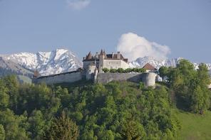 Gruyères, Medieval village & Chocolate - Winter Tour