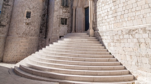 Game of Thrones Walking Tour in Dubrovnik by Vidokrug