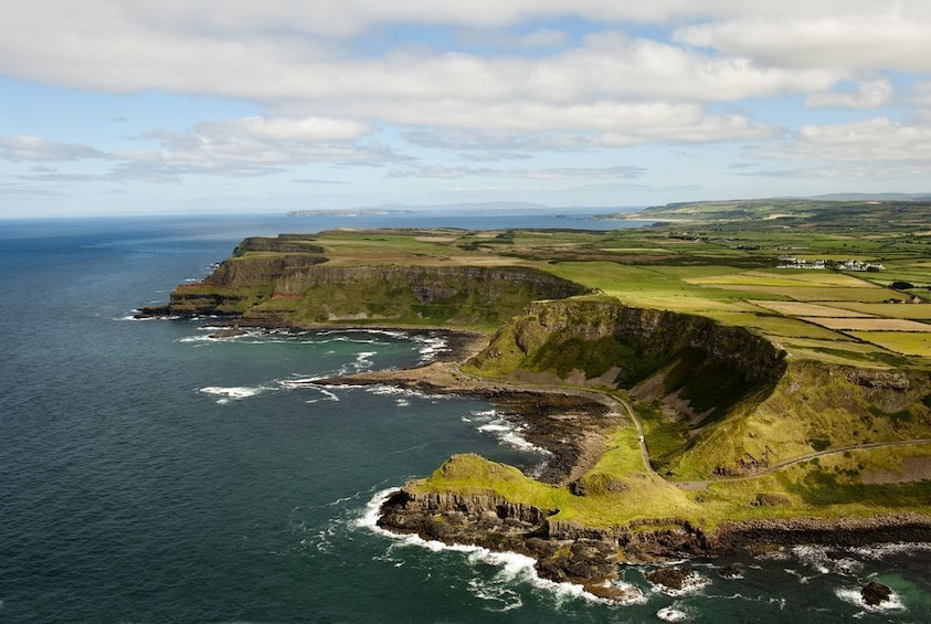 Giant's Causeway and Rope Bridge day tour from Dublin