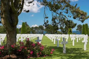 Privately Guided Normandy Landing Beaches Tour (12 Hours)