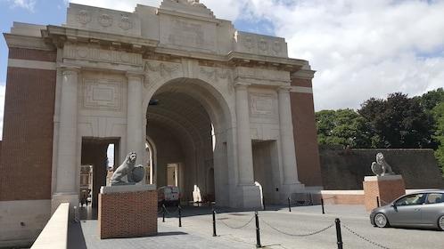 Australian battlefields in Flanders and in the Somme