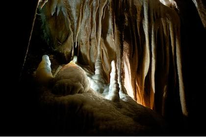 Jenolan Caves The Orient Cave 1.jpg