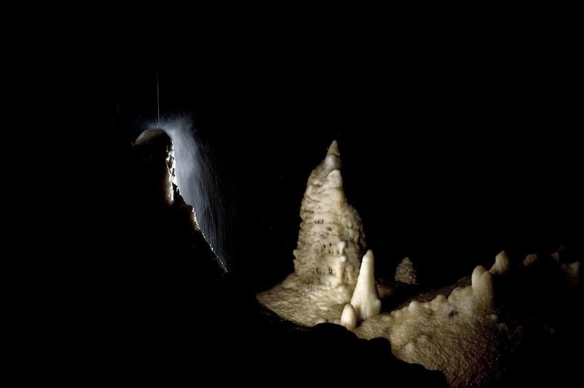 Cargar ítem 9 de 9. Temple of Baal Cave - Citadel of Peace