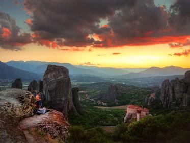 Meteora_Sunset_Tour_7(1382x1037).jpg