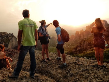 Meteora_Sunset_Tour_1(1382x1037).jpg