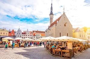 Guided Tallinn Day Sightseeing from Helsinki