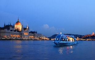 Danube Sightseeing Evening River Cruise - 'Danube Legend'