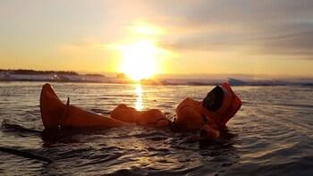 Rovaniemi: Midnight Sun Summer Floating in Forest Lake