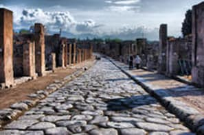 Private Day Trip from Rome to Pompeii and Herculaneum