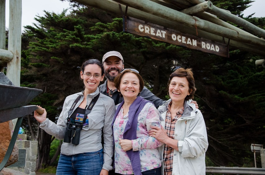Reverse Great Ocean Road & Rainforest Tour with Lunch